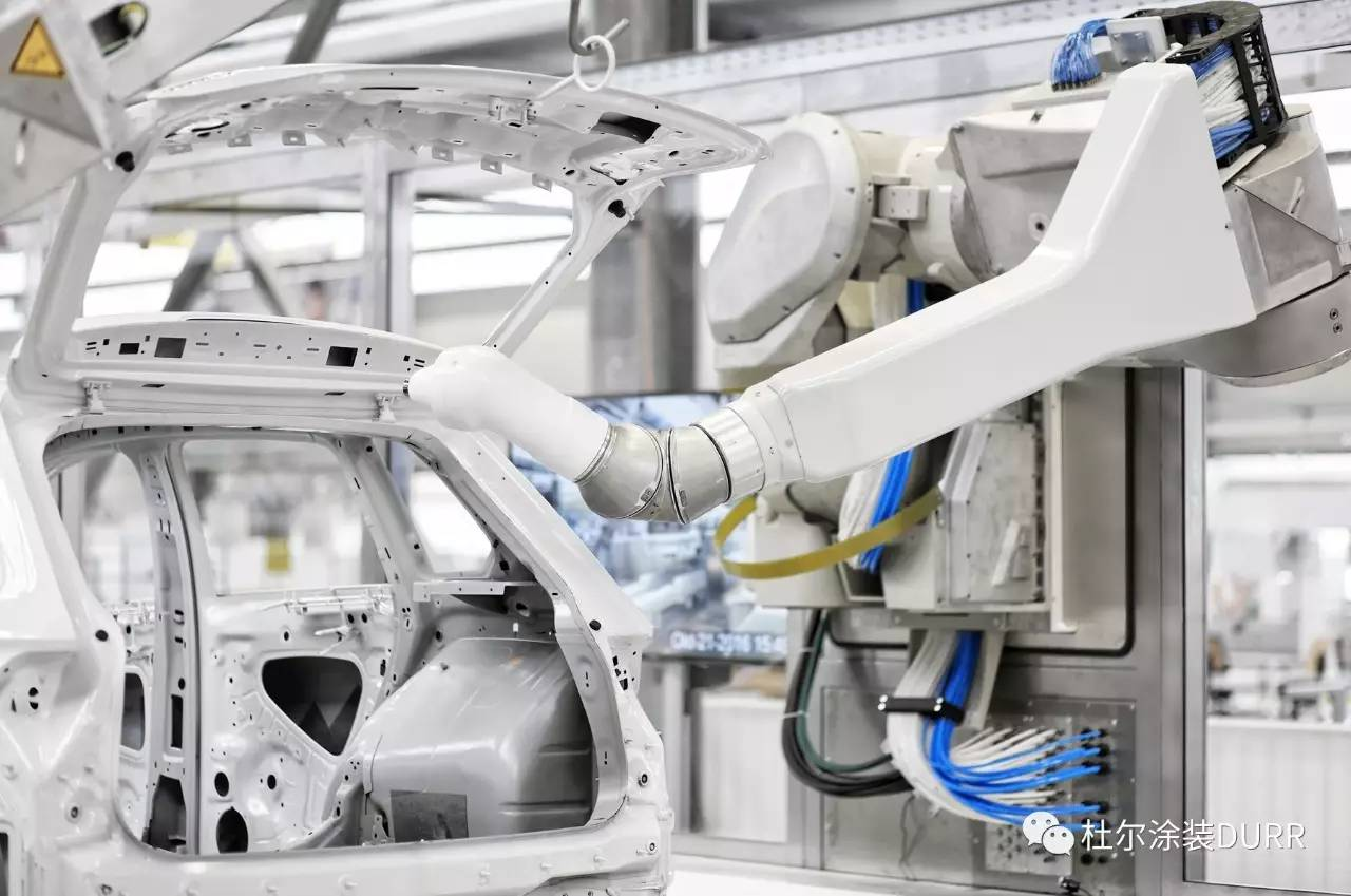 尔发布新一代7轴喷涂机器人