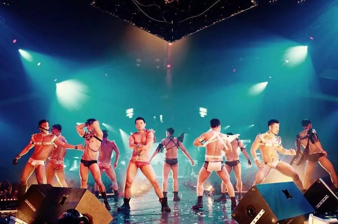 这次泰国泼水节最红的Gogoboy——ALEX  STONE - 暹宇无双昃 - 此爱天下无双