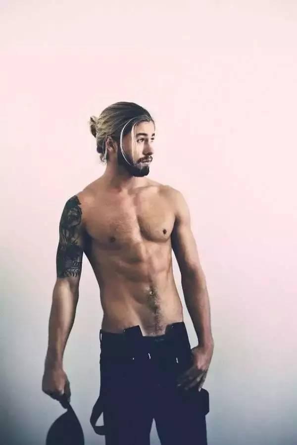油头操练场|明星示范教你撸会 2017 最夯 3 种发型 男士时尚 图13
