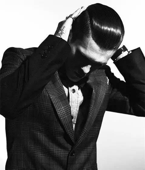 潮男发型尽在此,快来学学! 男士时尚 图19