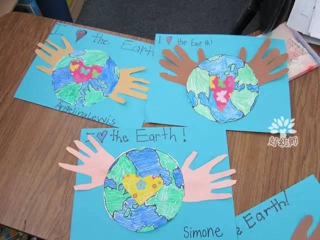 还可以在圆形卡纸上画上地球的各大洲的分布,然后贴上手掌哦~ 2.