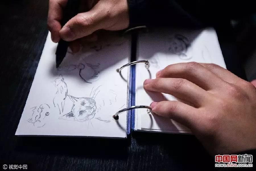 手绘漫画头像男生冷酷