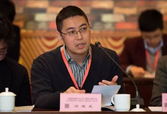 2002年毕业于人大新闻学院之后,刘海龙老师便投身于学术领域,主要集中图片
