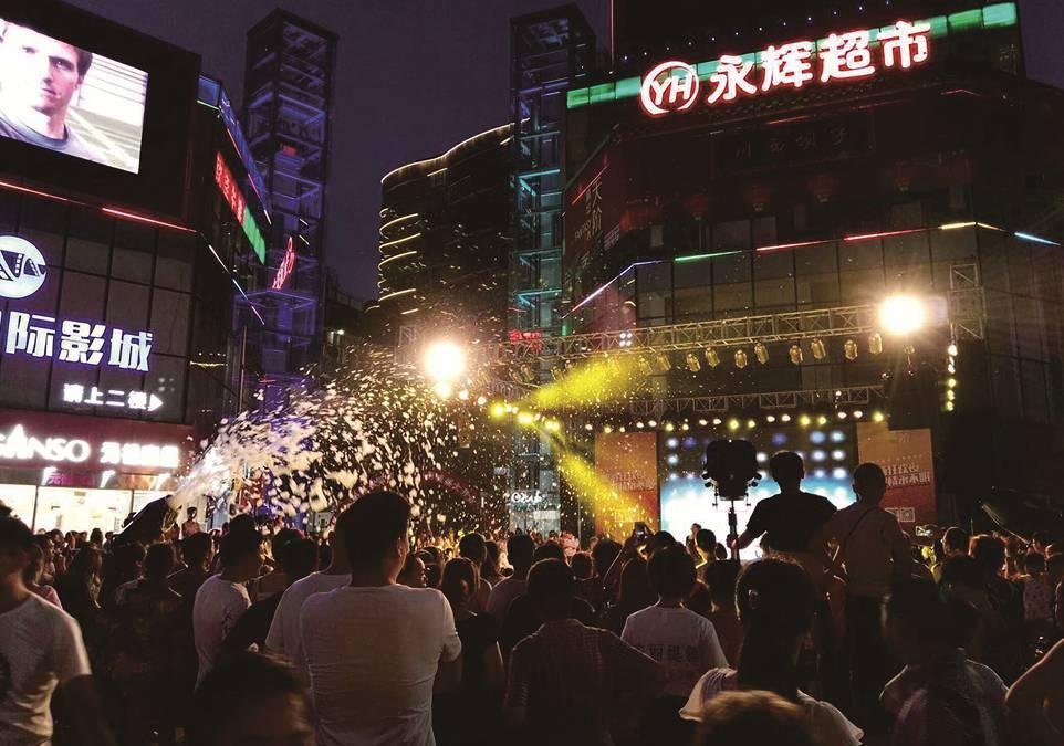 广汉gdp_未来10年,重庆GDP达到2万亿,人均1万美元,主城人口超过1000万 第3页(3)