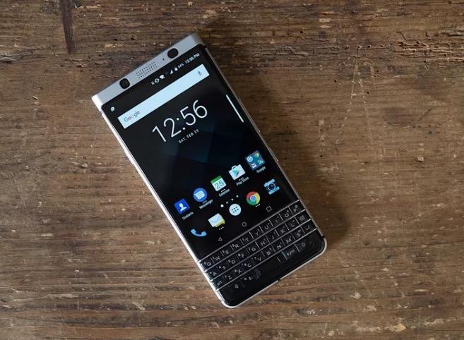 黑莓KeyOne将在下个月上市销售的照片