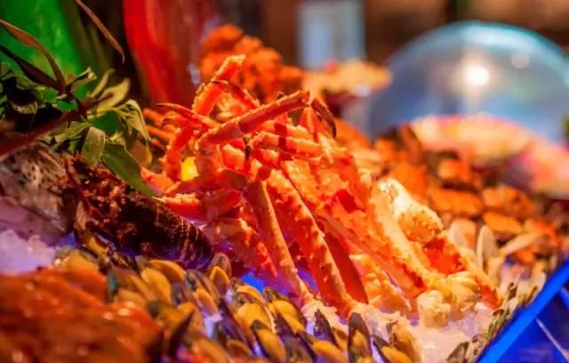 998 佛山保利洲际 哈根达斯任食,品尝手臂大小的大龙虾 体验非一般五星享受
