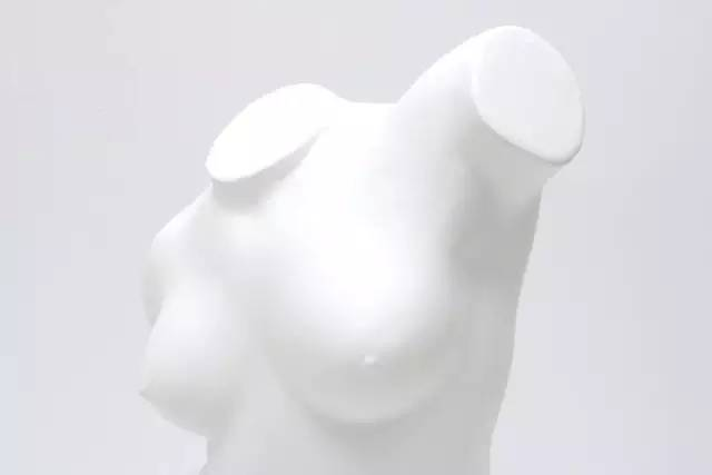 汉白玉人体雕塑
