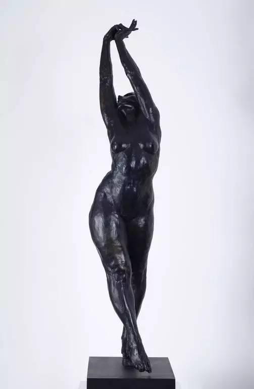 铸铜化学着色女性现代人体雕塑