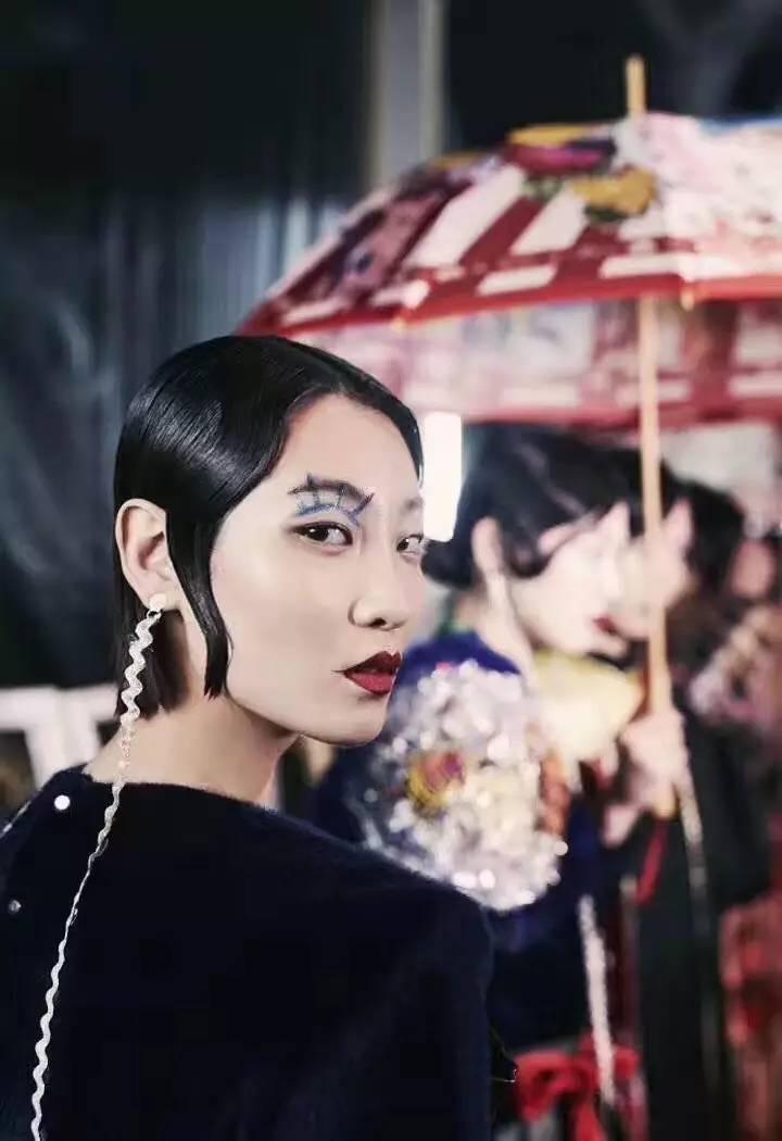 "esee X 2017AW上海时装周丨密扇:一出叛逆不经的""髦儿戏"" 男士时尚 图12"