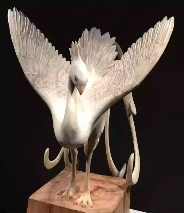 博士毕业,他把木头刻成陶瓷,复活了一个个神秘生灵 - 浪浪云 - 仰望星空