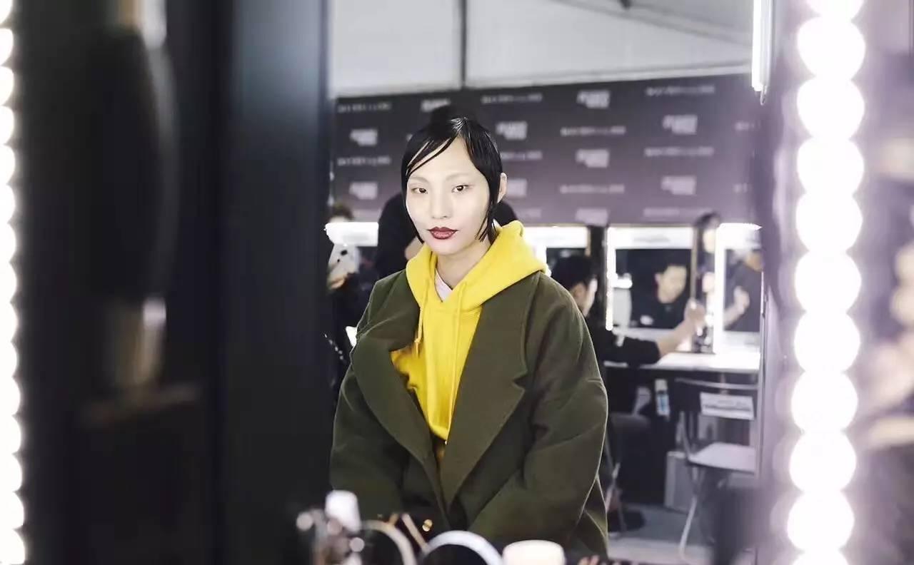"esee X 2017AW上海时装周丨密扇:一出叛逆不经的""髦儿戏"" 男士时尚 图15"