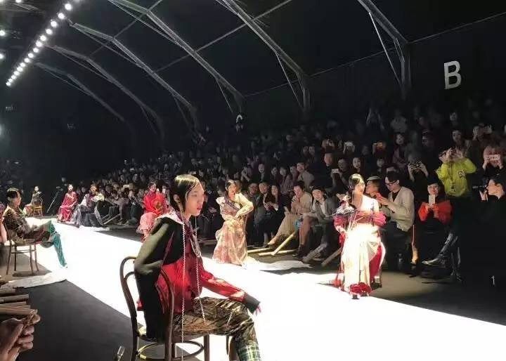 "esee X 2017AW上海时装周丨密扇:一出叛逆不经的""髦儿戏"" 男士时尚 图17"
