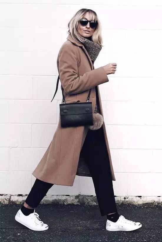 这三款平底鞋配大衣,经典又时髦,绝对是气场十足! 服饰潮流 图35