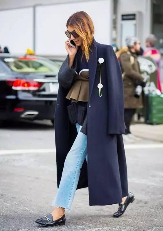 这三款平底鞋配大衣,经典又时髦,绝对是气场十足! 服饰潮流 图58