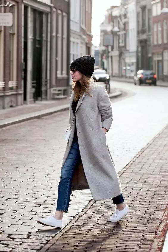 这三款平底鞋配大衣,经典又时髦,绝对是气场十足! 服饰潮流 图21