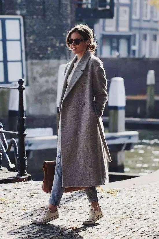 这三款平底鞋配大衣,经典又时髦,绝对是气场十足! 服饰潮流 图23