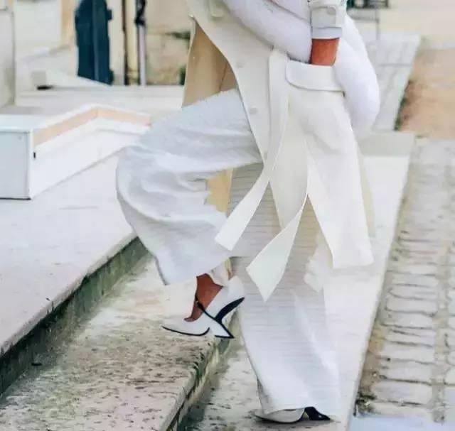 白裤子显胖?NO!这样穿搭,你也能又高又瘦! 服饰潮流 图1