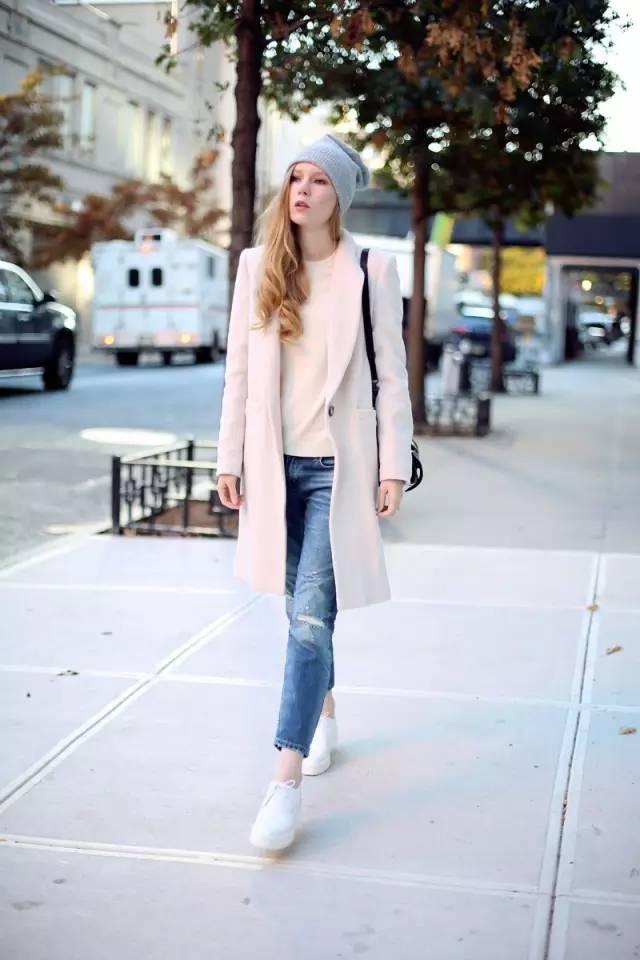 这三款平底鞋配大衣,经典又时髦,绝对是气场十足! 服饰潮流 图25