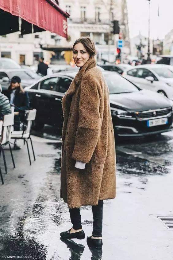 这三款平底鞋配大衣,经典又时髦,绝对是气场十足! 服饰潮流 图43