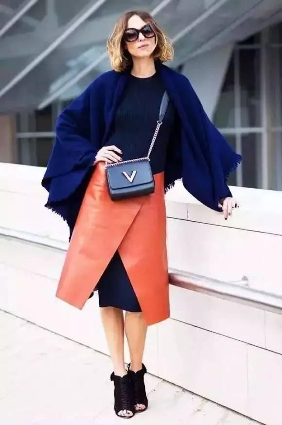 女人千万别乱穿开叉裙,要穿就穿最漂亮的! 服饰潮流 图3