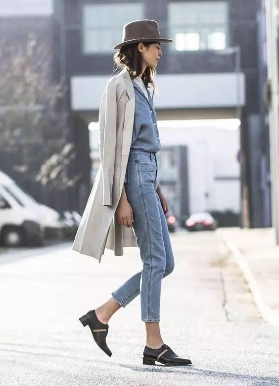 这三款平底鞋配大衣,经典又时髦,绝对是气场十足! 服饰潮流 图51