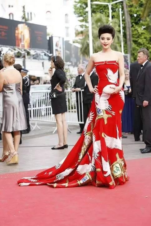 """国际""""范""""丨通往国际之路,她不止是红毯而已 风格偶像 图16"""