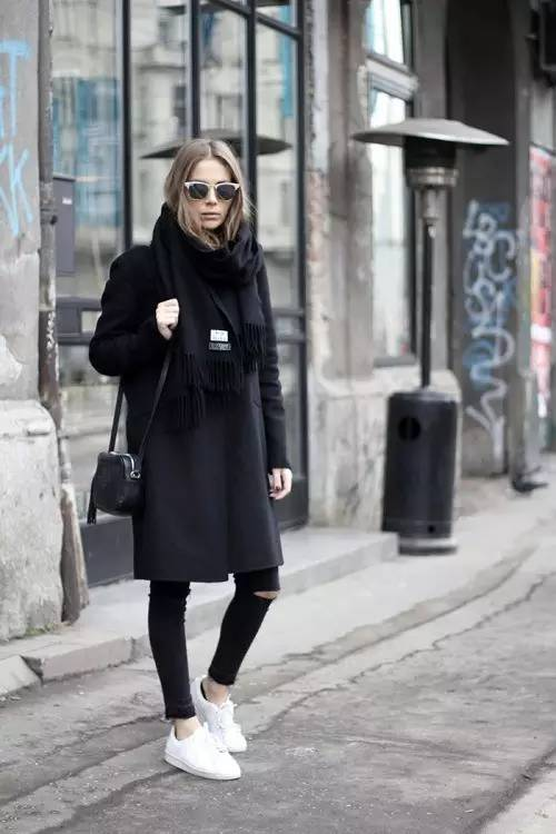 这三款平底鞋配大衣,经典又时髦,绝对是气场十足! 服饰潮流 图9