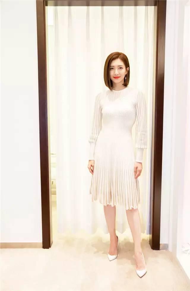 开年上班装就来件毛衣裙,这样穿才是真女神? 服饰潮流 图5