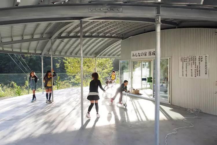 伊东丰雄的上海展览可以让你更好理解这个在灾民安置点建公共空间的建筑师 行业新闻 丰雄广告第1张