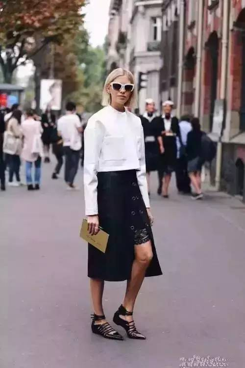 女人千万别乱穿开叉裙,要穿就穿最漂亮的! 服饰潮流 图7