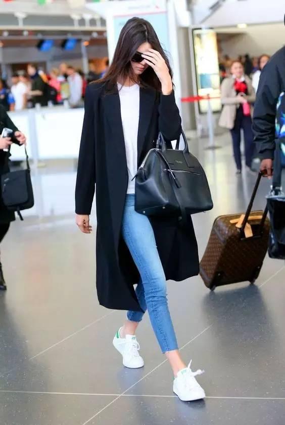 这三款平底鞋配大衣,经典又时髦,绝对是气场十足! 服饰潮流 图4