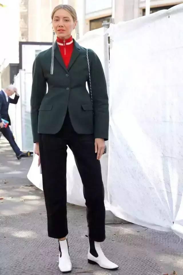 让腿变长变瘦变直的烟管裤,谁穿谁时髦! 服饰潮流 图22