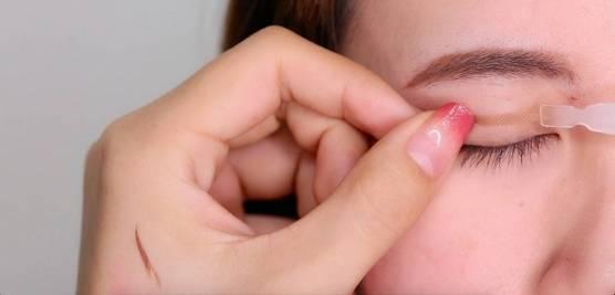 李小璐眼皮宽窄切换自如,秦海璐啥时候割了她价值百万的单眼皮? 美容护肤 图44