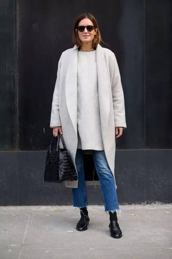 这三款平底鞋配大衣,经典又时髦,绝对是气场十足! 服饰潮流 图52