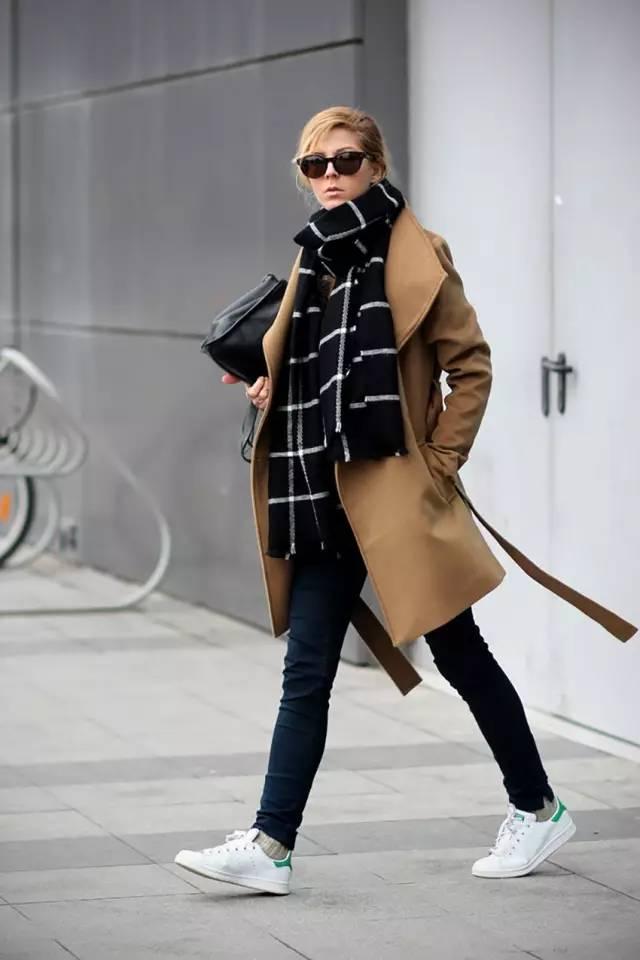 这三款平底鞋配大衣,经典又时髦,绝对是气场十足! 服饰潮流 图33