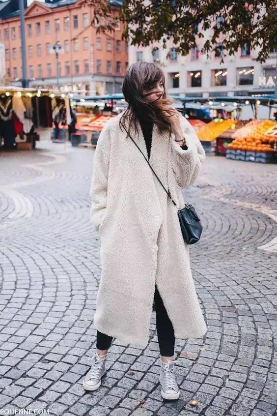 这三款平底鞋配大衣,经典又时髦,绝对是气场十足! 服饰潮流 图29