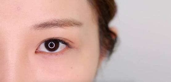 李小璐眼皮宽窄切换自如,秦海璐啥时候割了她价值百万的单眼皮? 美容护肤 图22