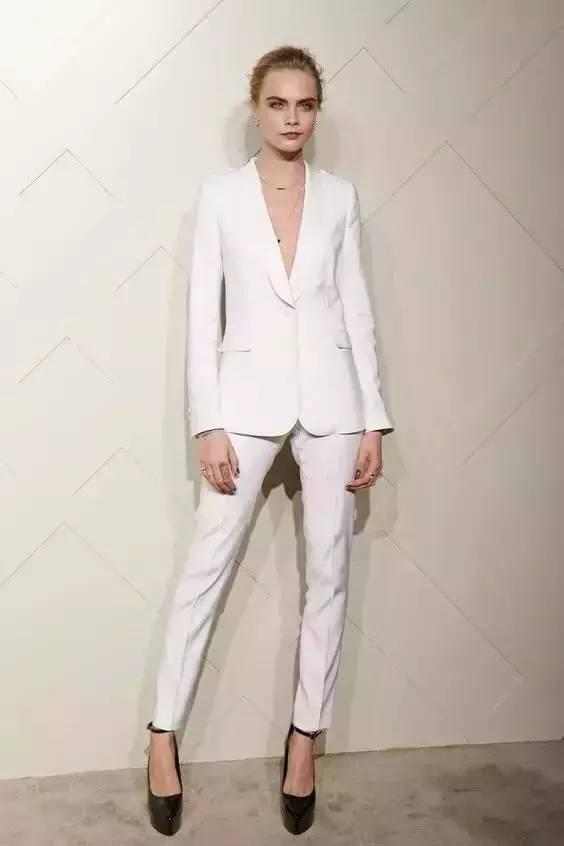 白裤子显胖?NO!这样穿搭,你也能又高又瘦! 服饰潮流 图20