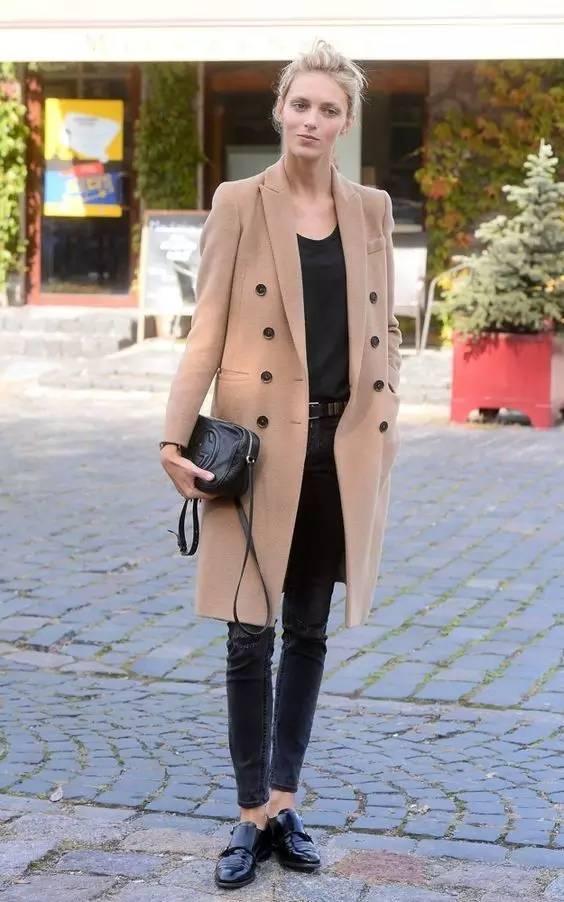这三款平底鞋配大衣,经典又时髦,绝对是气场十足! 服饰潮流 图41