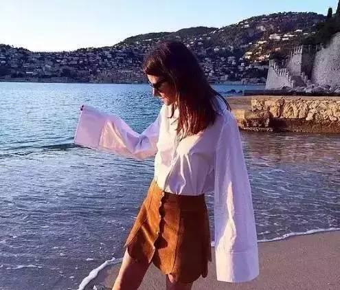 别说白衬衫太一般?那是你没穿这几件! 服饰潮流 图17