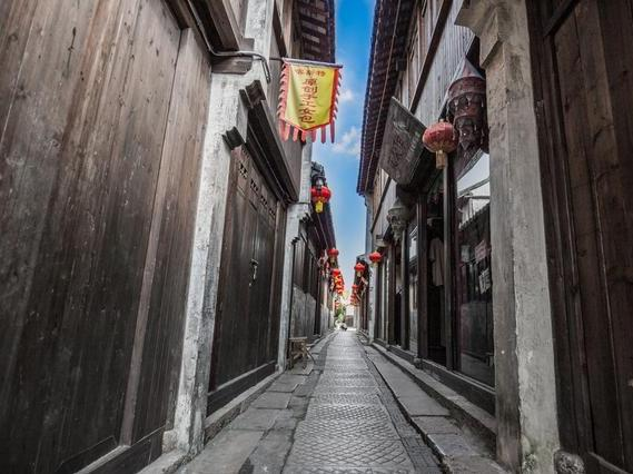 原本人气超旺古镇只因多了个行为现游客寥寥无几