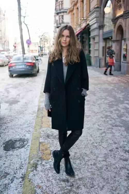 这三款平底鞋配大衣,经典又时髦,绝对是气场十足! 服饰潮流 图75