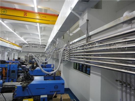 中央供料系统在塑料加工行业的重要性和发展趋势图片