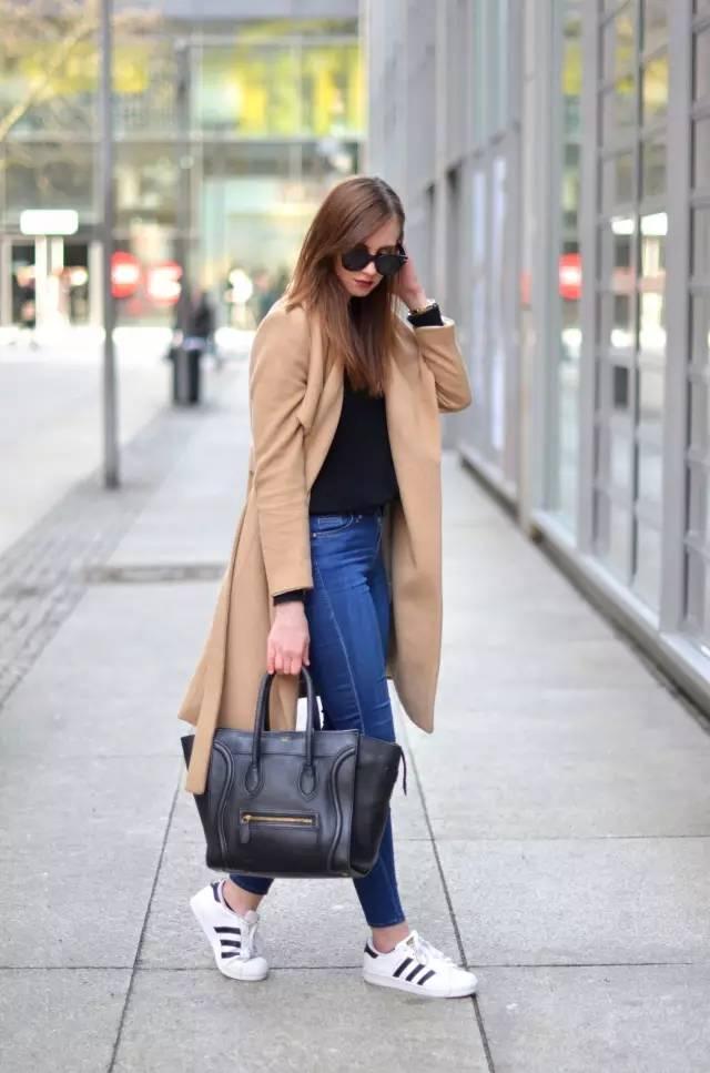 这三款平底鞋配大衣,经典又时髦,绝对是气场十足! 服饰潮流 图31