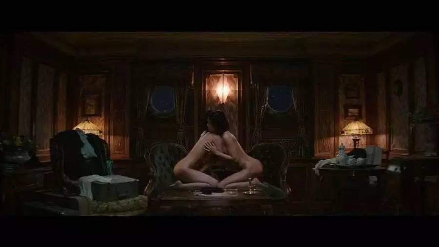 西西里美丽传说完整版-电影西西里的美丽传说中的女主角叫什么,这个电影没有看懂,觉得