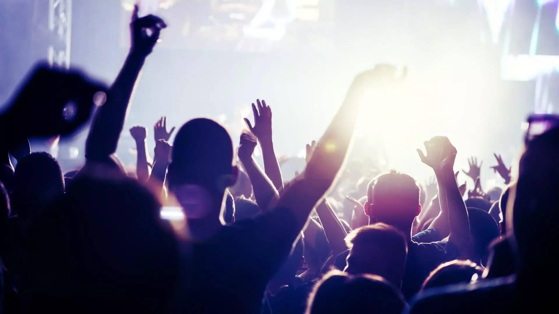 快手上最火的歌曲_2018快手有哪些热门歌曲