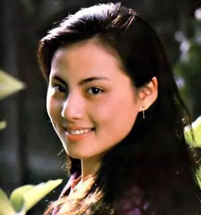 她被称为红楼第一美人,两次受骗28岁为爱自杀