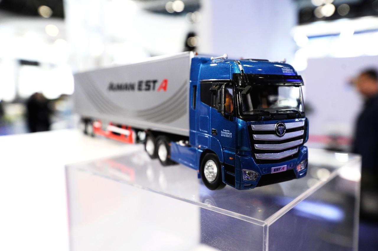 着眼现在 关注未来,欧曼est超级卡车闪耀2017全球移动图片