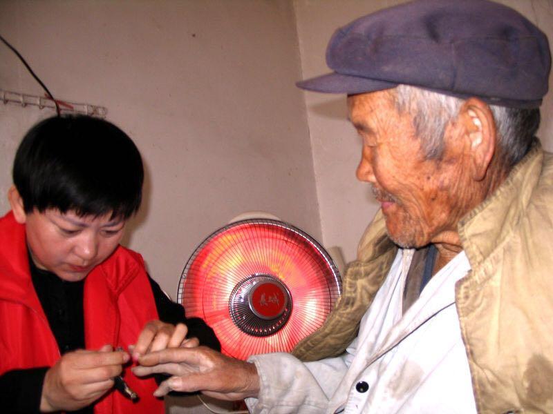 忻州繁峙县最佳志愿服务标兵韩美芳
