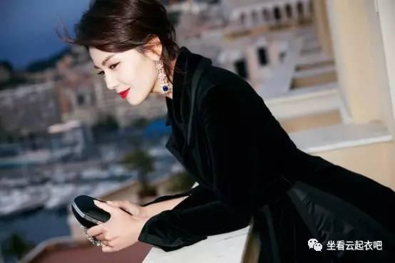 刘涛出席兰蔻晚宴烈焰红唇御姐范 风格偶像 图9